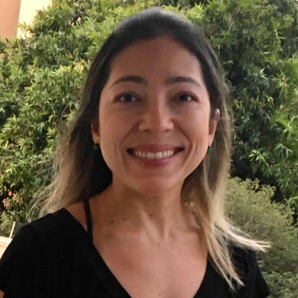 Fabianna Pinhedo - Yoga Classico Campinas